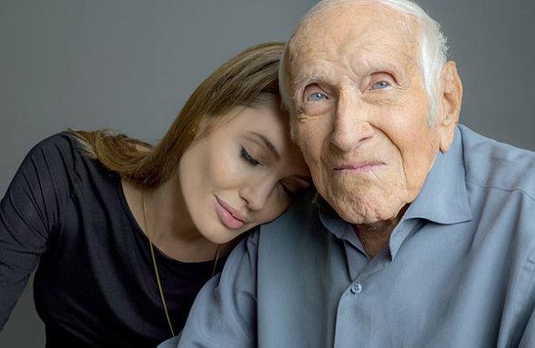 Angelina Jolie uimită de viața creștinului Louis Zamperini