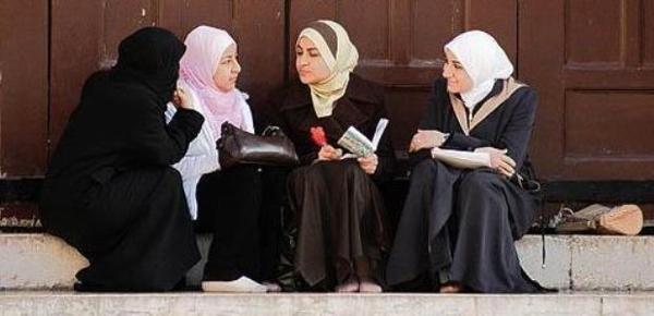 Misrepresentasi-Muslimah-dalam-Wacana-Feminis-