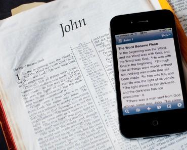 Peste 60 000 de iranieni și-au descărcat Biblia App, folosind o aplicație anonimă