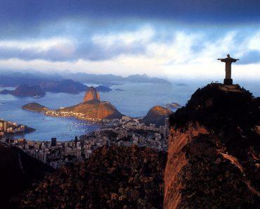 Care este semnificaţia statuii lui Hristos Mântuitorul din Rio?