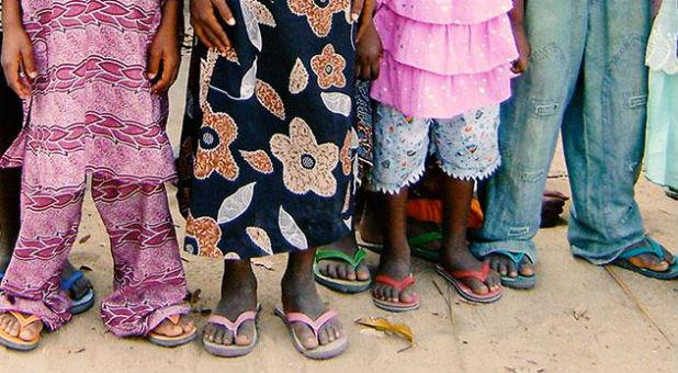 africa-feet