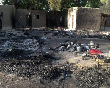 Şaptezeci de case incendiate şi şase oameni răniţi într-un nou al grupării Boko Haram în Nigeria