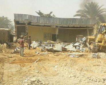 """Autorităţile au demolat două biserici """"ilegale"""" în Nigeria"""
