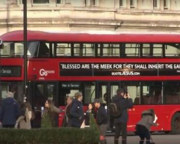 Autobuzele din Marea Britanie vor avea inscripţionate versete din Biblie în perioada sărbătorilor de Paşti