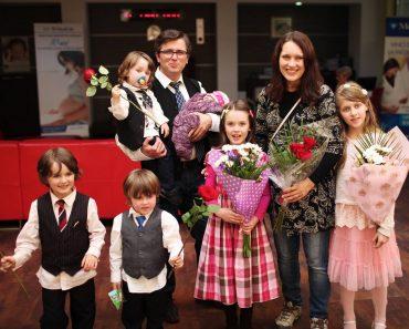 Familia Bodnariu într-o nouă formulă la un an de la întoarcerea copiilor