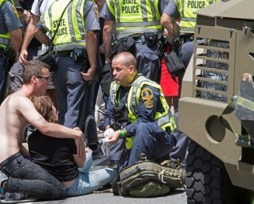 Trump, creștinii albi și conservatorii - considerați complici la atacul din Charlottesville