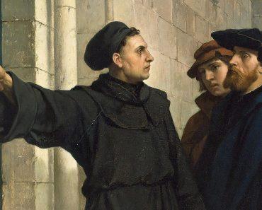 Cele 95 de teze ţintuite de Martin Luther pe uşa catedralei din Wittenberg