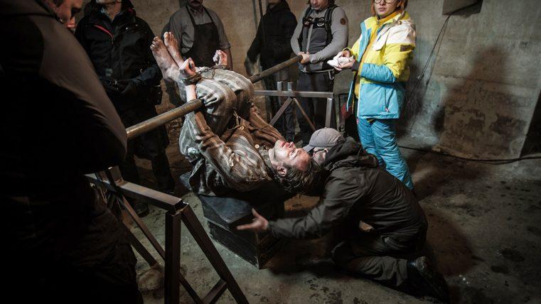 """""""Torturat pentru Cristos"""" - bestsellerul lui Richard Wurmbrand ajunge pe marele ecrane"""