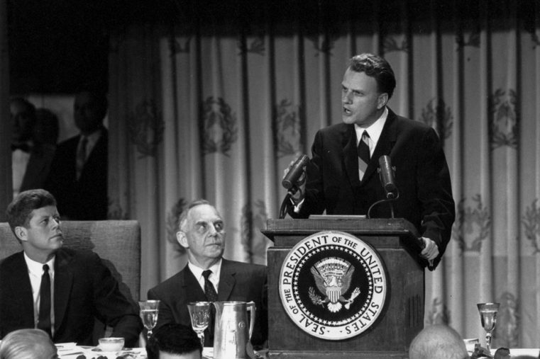 Marele evanghelist Billy Graham și-a încheiat alergarea pe pământ