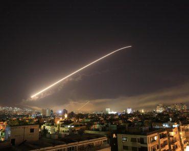 Ce urmează în Orientul Mijlociu după atacurile coaliţiei conduse de Statele Unite în Siria?
