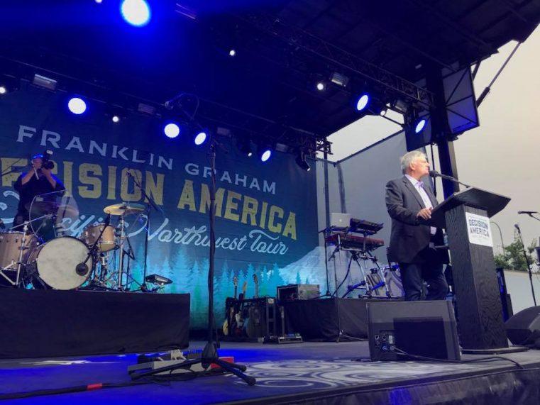 Franklin Graham și Jeremy Camp provoacă America!