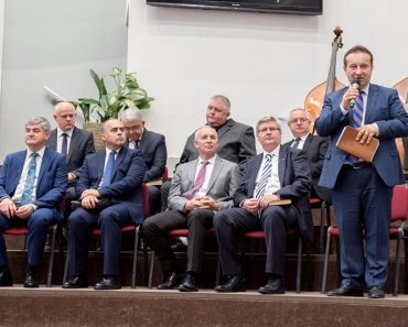 Promoția de Aur ITBB a marcat un sfert de veac de slujire la Lugoj