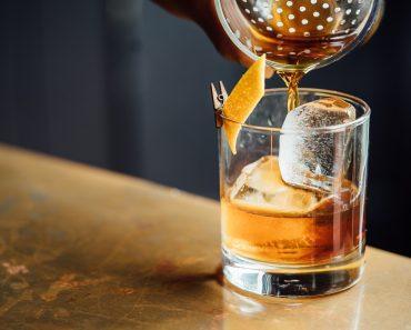 STUDIU Doar câteva picături de alcool pot schimba modul în care ni se formează amintirile