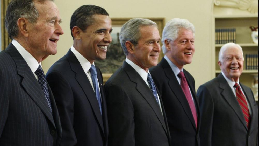 George H.W. Bush: o viaţă în slujba ţării sale!