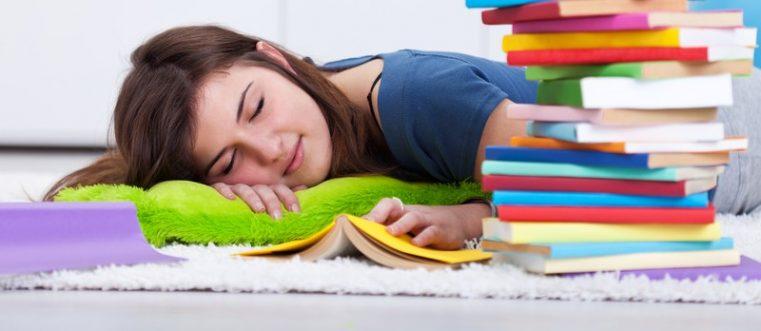 Antrenorul Minții: Adolescenții au mare nevoie de odihnă