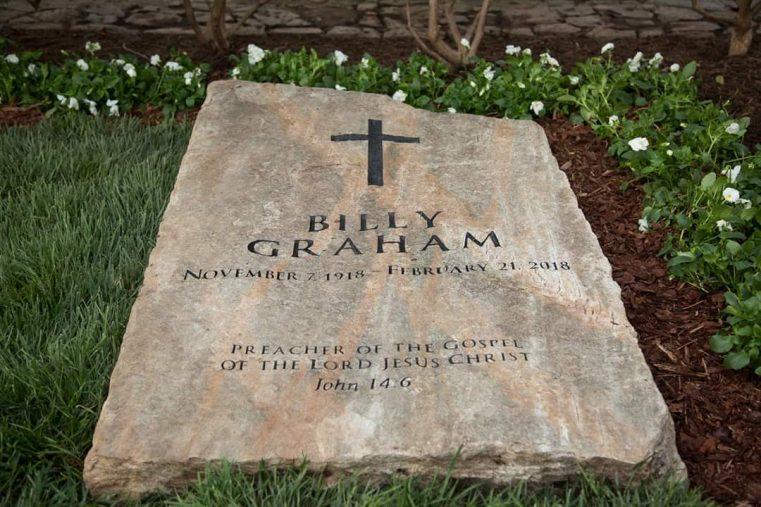 Un an fără Billy Graham