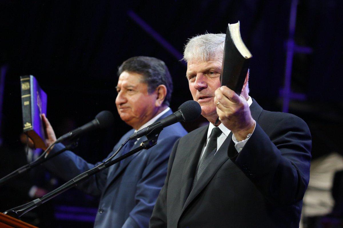 """""""El e viu!"""" – este mesajul proclamat de Franklin Graham la Festivalul Speranței din Columbia şi Venezuela"""