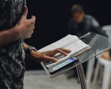 Jumătate din pastori se tem că vor ofensa pe cineva dacă predică despre subiecte controversate