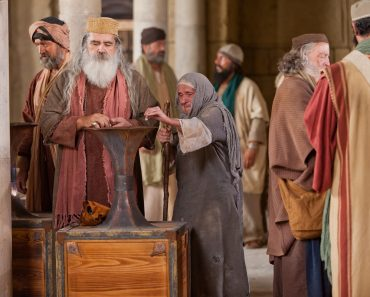 MARȚI Săptămâna Mare în calendarul lui Isus - Văduva săracă