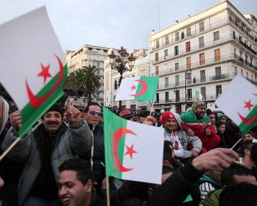 Al-Qaeda luptă pentru preluarea puterii și schimbarea conducerii statului după legea Șaria în Algeria
