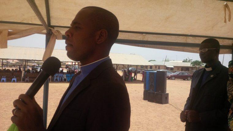 Un pastor şi 16 credincioși răpiţi de militanţi islamici în Nigeria