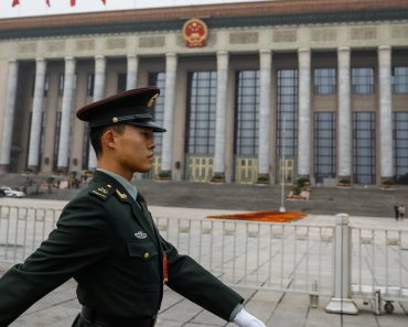 Războiul Chinei cu religia capătă proporţii orwelliene
