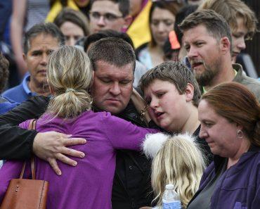 Un tânăr de la un liceu din Colorado şi-a dat viaţa pentru a-şi salva colegii dintr-un atac armat