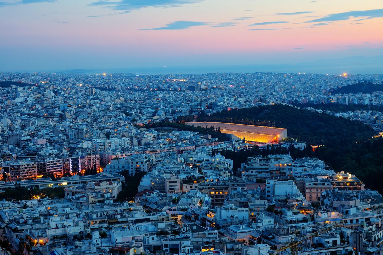 Atena noaptea